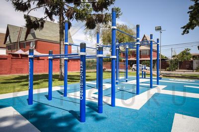 Kenguru Pro street workout ground in Santiago, Chile - Park Los Arcos, La Florida