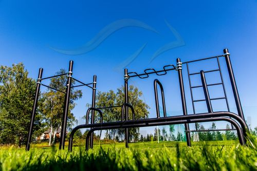 Kenguru Pro street workout ground in Agalarov Golf Club, Moscow