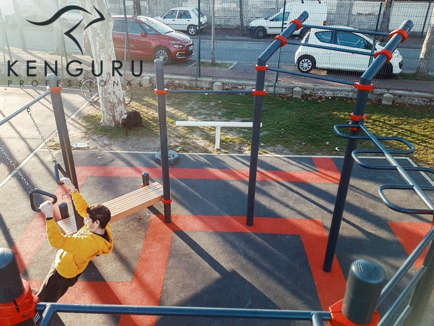 Kenguru Octagone street workout park in Paris